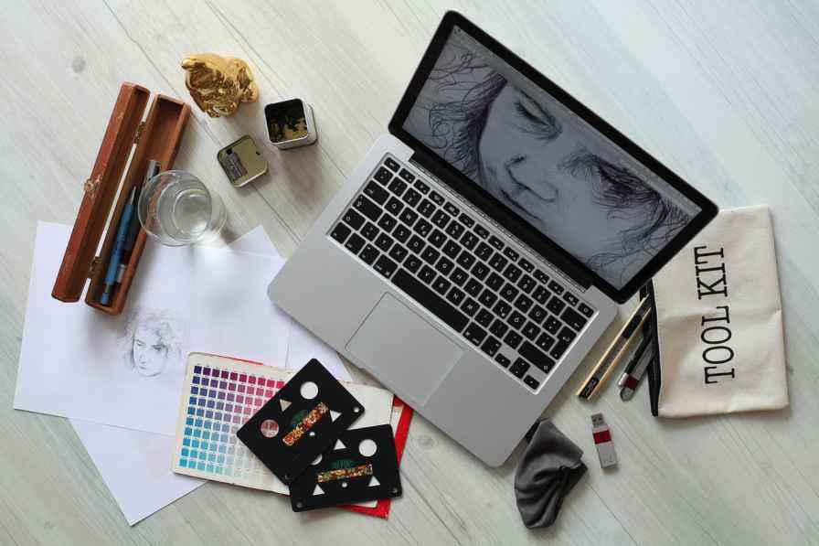 Graphic Design Kar Online Paise Kamaye