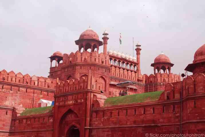 लाल किले का इतिहास क्या है