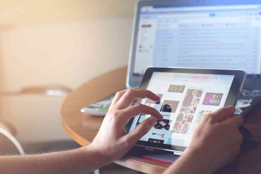 Website पर traffic लाए और पैसे कमाए
